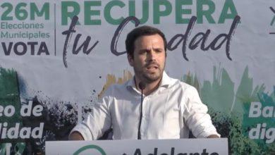 Photo of Alberto Garzón: «Nuestras candidaturas son las únicas que no van a aceptar chantajes del poder económico. El resto ya hemos visto lo que hacen»