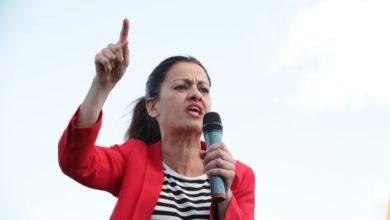 Photo of Sira Rego: «No queremos más esta Europa de la vergüenza, por eso necesitamos muchos votos para construir una nueva  feminista, ecologista, de paz y de justicia social»»