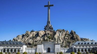 """Photo of Alberto Garzón valora que exhumar a Franco no debería quedar en un """"caso aislado"""" porque """"quedan cosas por hacer"""" para poner """"a nuestro país en el siglo XXI"""""""