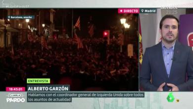Photo of Alberto Garzón: «En Alemania o Italia sería impensable ver el ferétro de Hitler o Mussolini a hombros de sus familiares y en directo por televisión. Pero es que ellos extirparon al fascismo y nosotros no»
