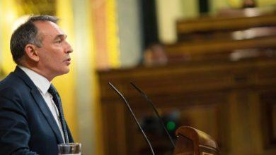 """Photo of Enrique Santiago denuncia en el Pleno que C's comparte con PP y Vox una """"actitud sediciosa"""" por """"negar el derecho a gobernar, a participar o a elegir a los que votan a otras opciones"""""""