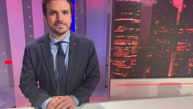 Photo of Alberto Garzón: «Debemos diversificar la economía, reindustrializando el país para que suban los salarios. Si no lo hacemos ahora que vamos a recibir los fondos europeos, ¿cuándo lo vamos a hacer?»