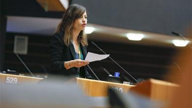 Photo of Sira Rego cree que, tras el incendio de Moria, el Gobierno de España «debe iniciar los trámites que sean necesarios para acoger» a parte de las personas retenidas en Lesbos